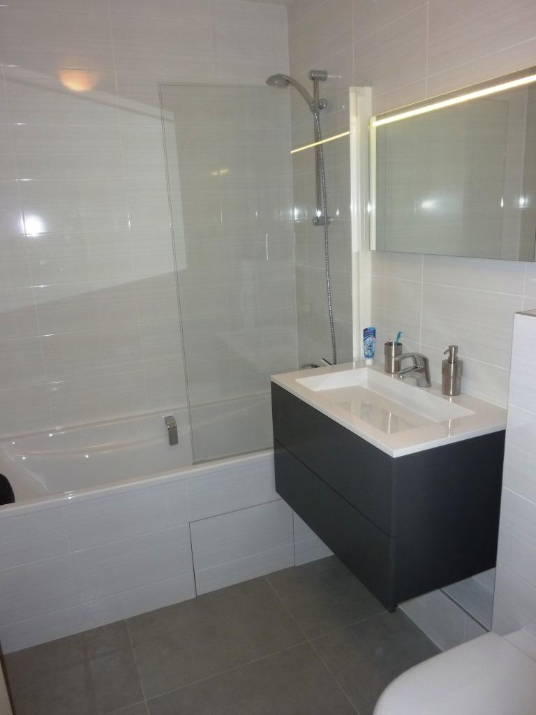 Pose de carrelage et réfection de salle de bains à Levallois-Perret 92300