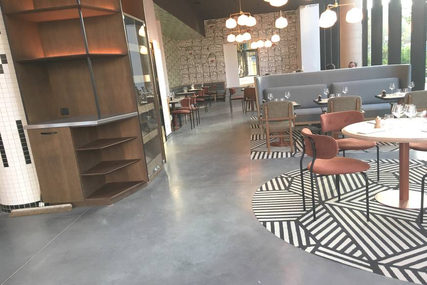 Rénovation d'un restaurant Parisien (sol béton, terrazzo ...)